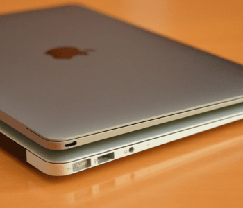 Apple MacBook, MacBook Air or MacBook Pro