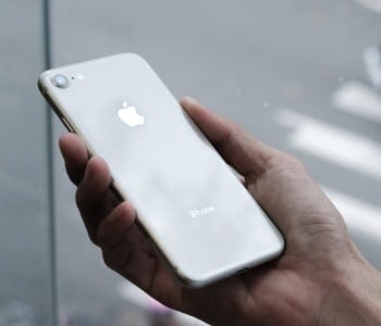 iPhone 8 silver iOS